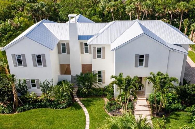 1365 Sandy Lane, Vero Beach, FL 32963