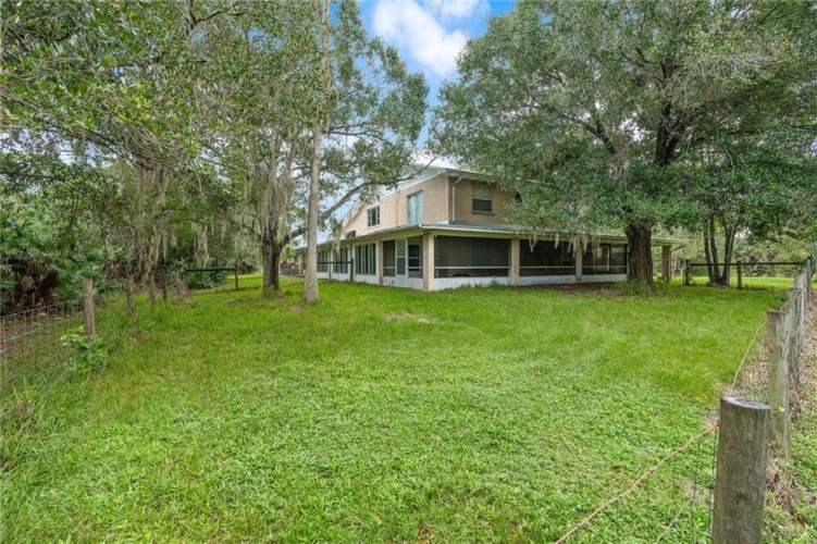 810 Kitterman Road, Port St. Lucie, FL 34952