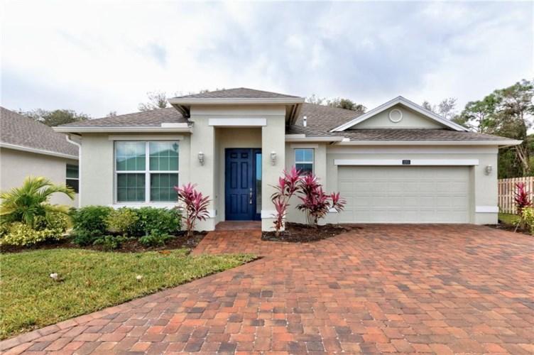 2253 Timberlake Circle, Vero Beach, FL 32966