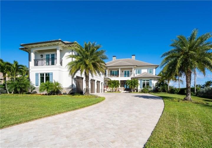 956 Surf Lane, Vero Beach, FL 32963