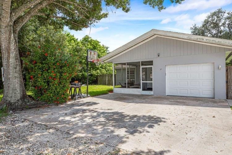 3235 1st Street, Vero Beach, FL 32968