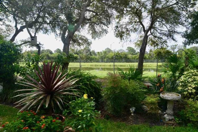 221 Lions Gate Dr, St Augustine, FL 32084