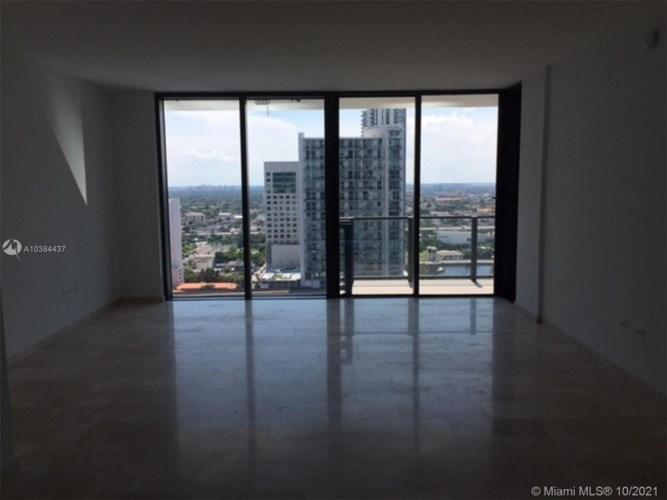68 SE 6th St  #1808, Miami, FL 33131
