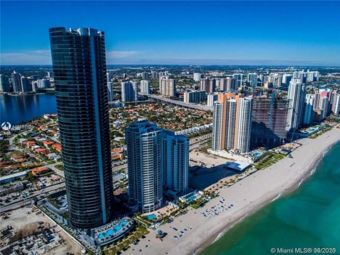 18555 Collins Ave  #1603, Sunny Isles Beach, FL 33160