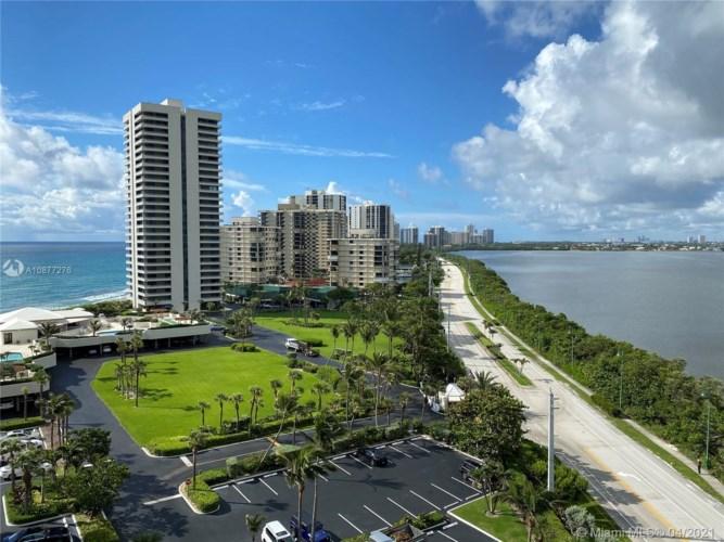 5550 N Ocean Dr  #10D, Riviera Beach, FL 33404