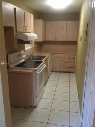 6941 W 7th Ave  #10, Hialeah, FL 33014