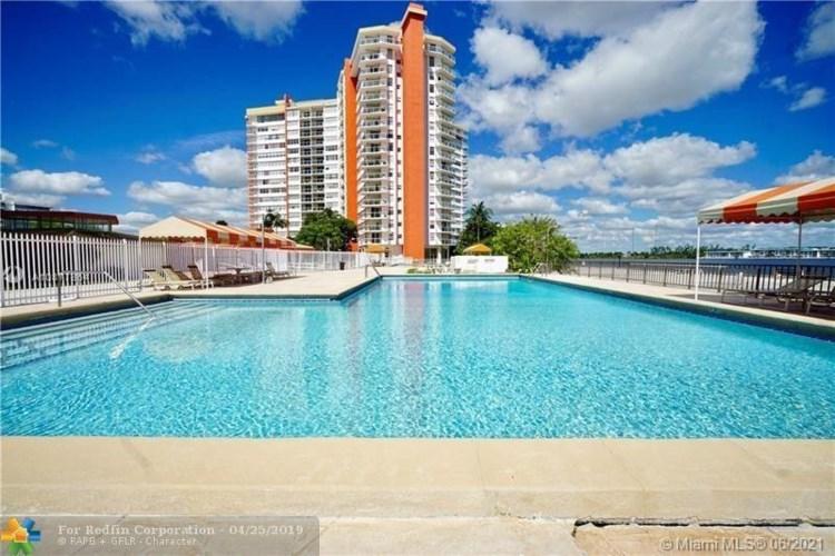 1351 NE Miami Gardens Dr  #215E, Miami, FL 33179