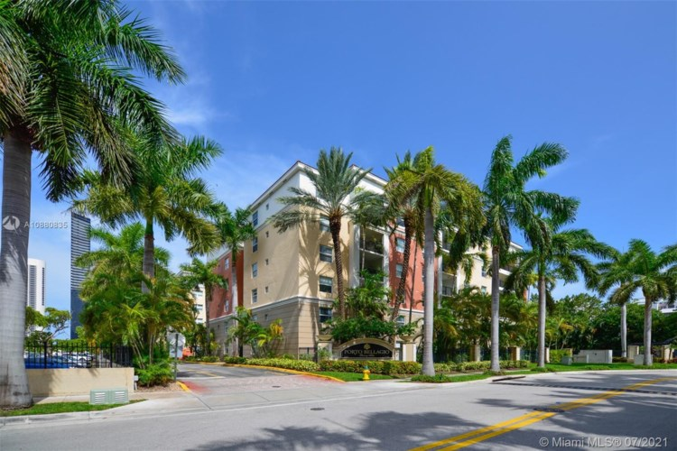 17125 N Bay Rd  #3310, Sunny Isles Beach, FL 33160