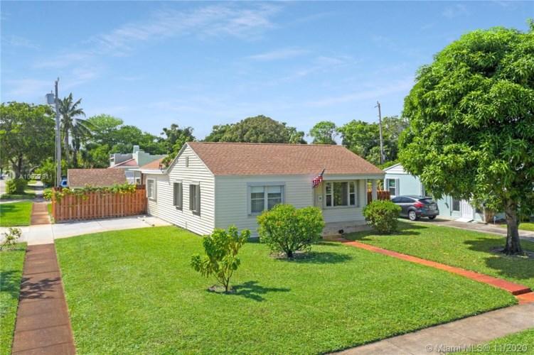 6815 Garden Ave, West Palm Beach, FL 33405