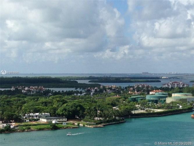 400 S Pointe Dr  #2105, Miami Beach, FL 33139