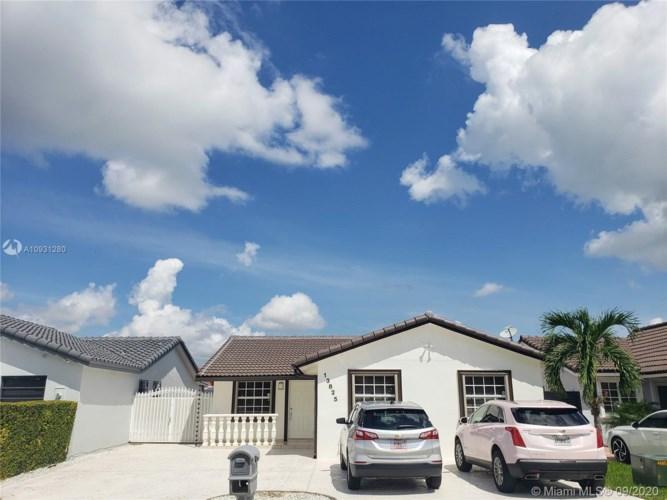 13825 SW 15th St, Miami, FL 33184