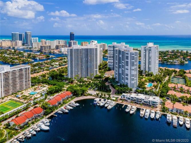 21205 Yacht Club Dr  #2503, Aventura, FL 33180