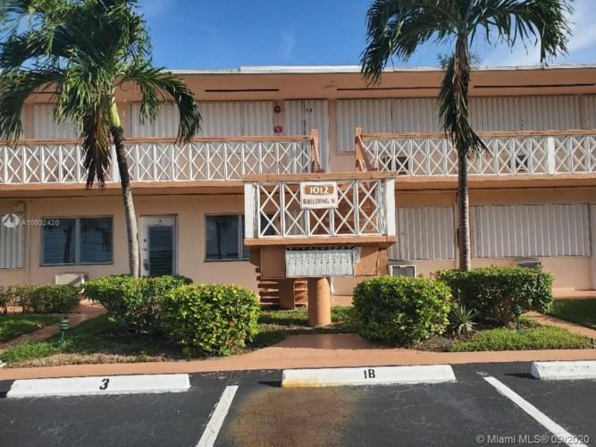 1012 SW 11th St  #3N, Hallandale Beach, FL 33009