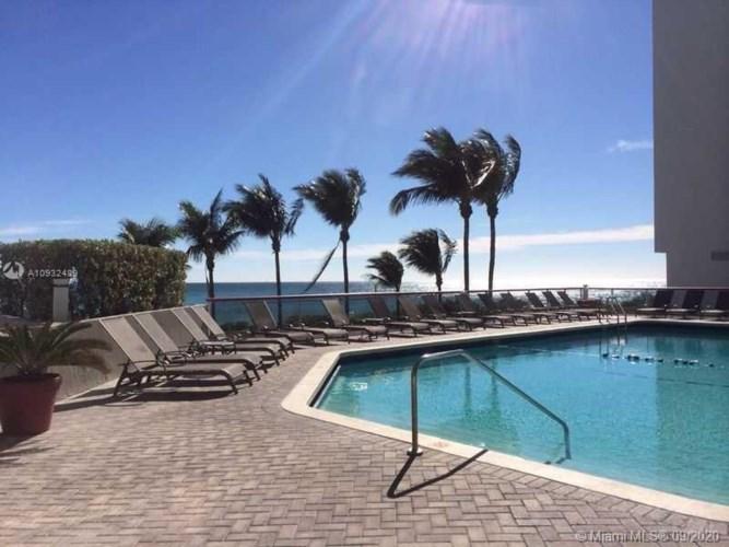 6767 Collins Ave  #903, Miami Beach, FL 33141