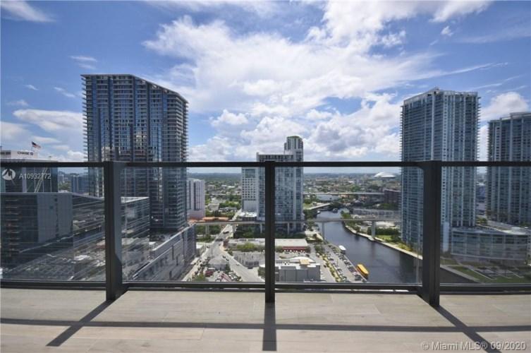 68 SE 6 ST  #2208, Miami, FL 33131