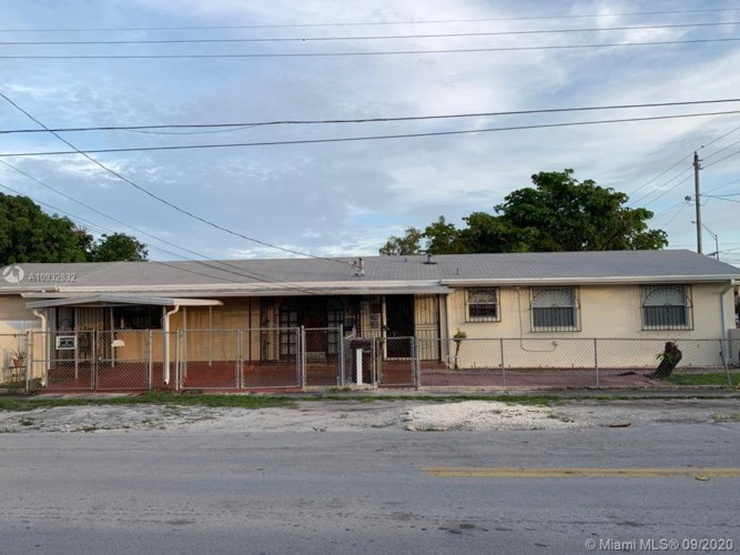 5195 E 4th Ave, Hialeah, FL 33013