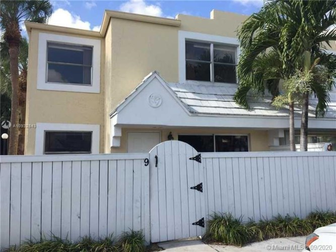 4550 SW 68th Ct Cir  #59-8, Miami, FL 33155