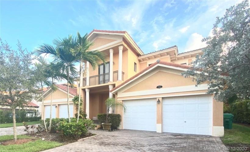 7602 SW 187th St, Cutler Bay, FL 33157