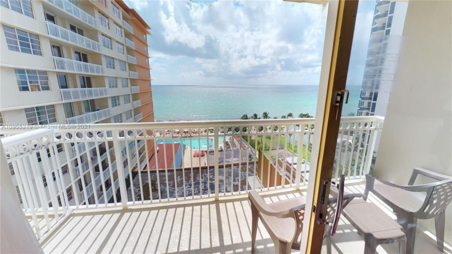 19201 Collins Ave  #746, Sunny Isles Beach, FL 33160