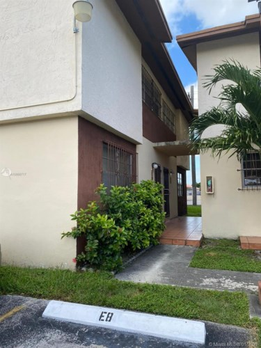 10 SW 108th Ave  #8E, Sweetwater, FL 33174