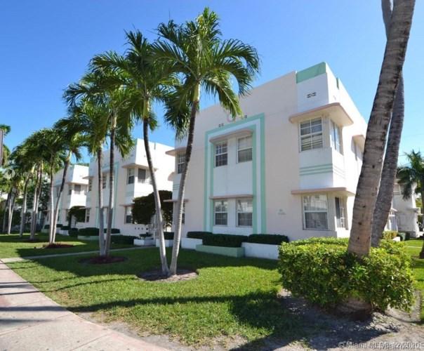 540 15th St  #103, Miami Beach, FL 33139