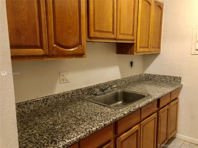 2521 NW 39th Ter  #103, Lauderdale Lakes, FL 33311