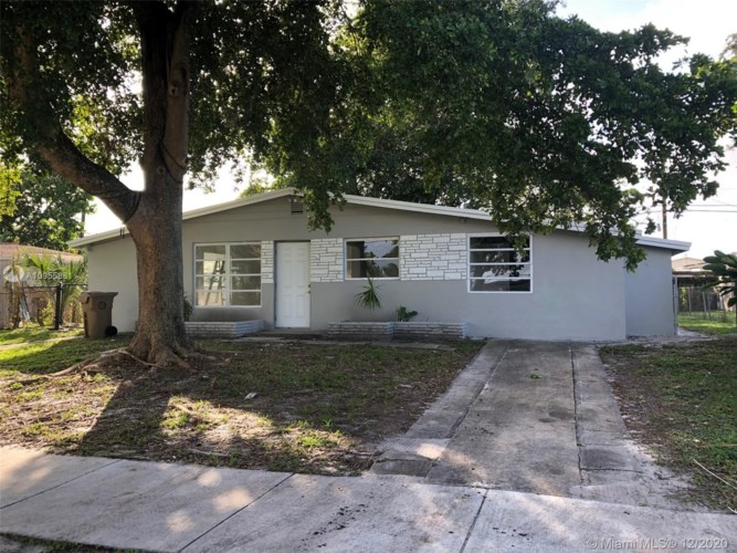3761 SW 58th Ave, Davie, FL 33314