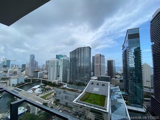 88 SW 7th St  #2707, Miami, FL 33130