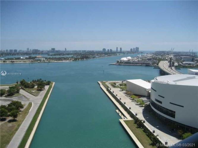 888 E Biscayne Blvd  #3310, Miami, FL 33132