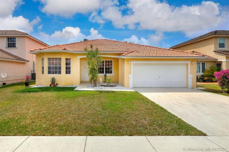 14676 SW 159th Pl, Miami, FL 33196
