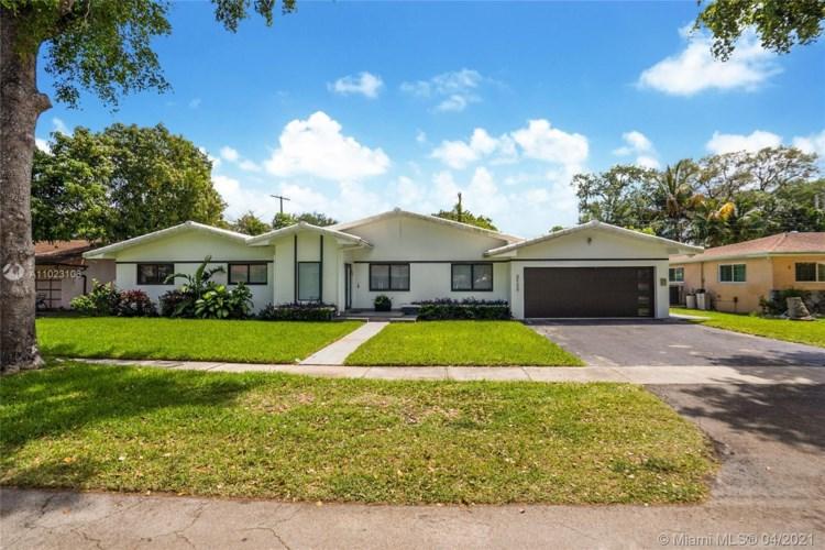 2156 NE 187th St, North Miami Beach, FL 33179