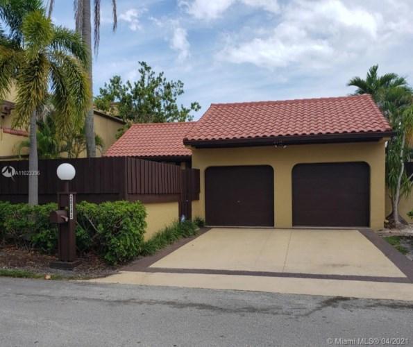 20345 NE 10th Ct, Miami, FL 33179