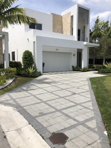 6850 NW 103rd Ave, Doral, FL 33178
