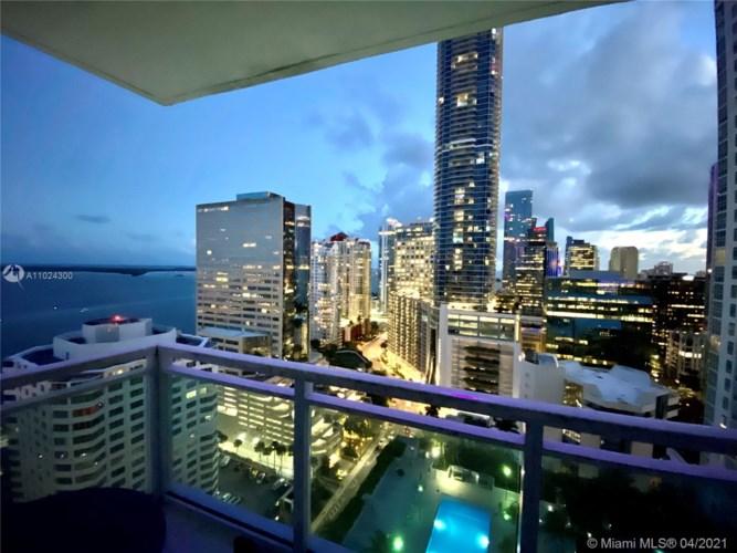 950 Brickell Bay Dr  #2607, Miami, FL 33131