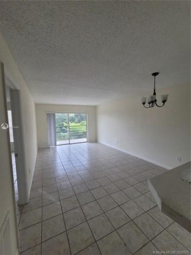 2800 NW 56th Ave  #E401, Lauderhill, FL 33313