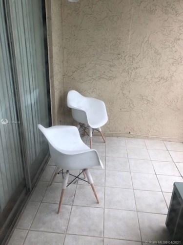 , North Miami Beach, FL 33160
