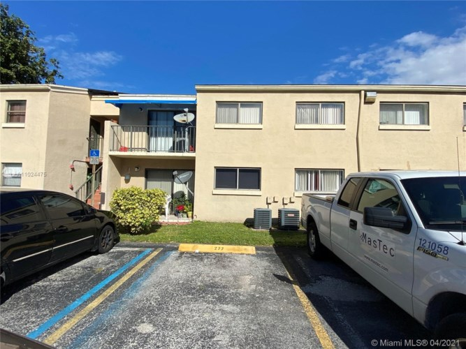 7427 SW 152nd Ave  #12-103, Miami, FL 33193