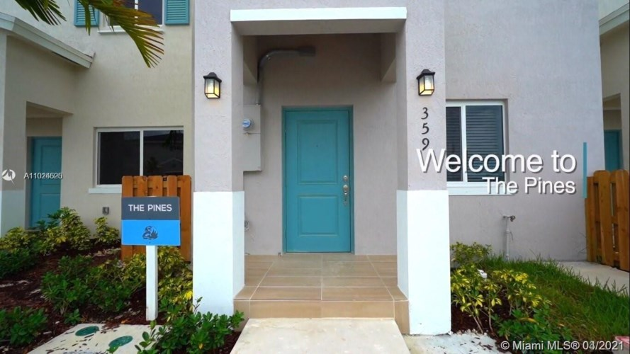 400 NW 12 PLACE  #400, Florida City, FL 33034