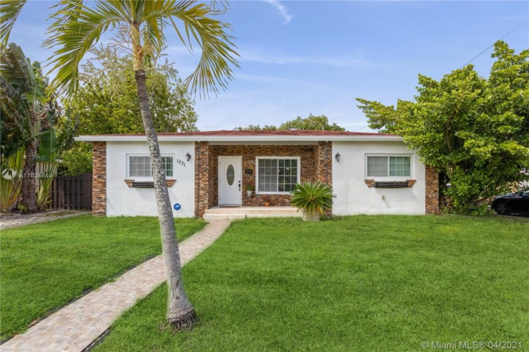 1031 NE 151st St, North Miami Beach, FL 33162