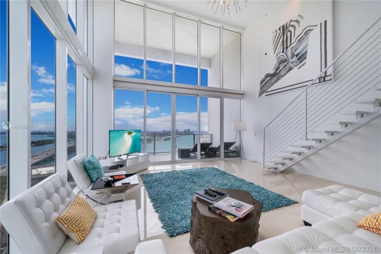 1040 Biscayne Blvd  #2904, Miami, FL 33132