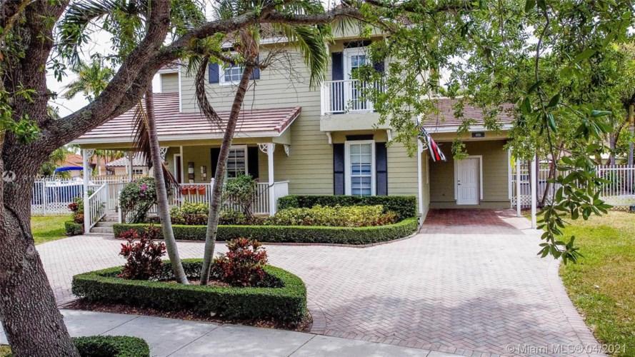 9719 SW 159th Ct, Miami, FL 33196
