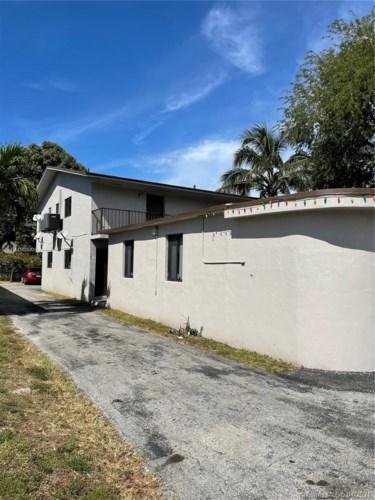 181 E 33rd St, Hialeah, FL 33013