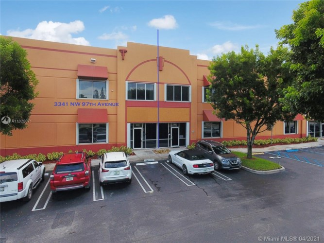 3341 NW 97th Ave, Doral, FL 33172