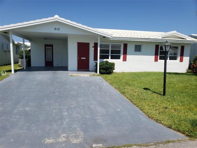 610 SW Golf Dr, Boynton Beach, FL 33426