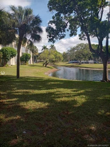 3301 NW 47th Ter  #114, Lauderdale Lakes, FL 33319