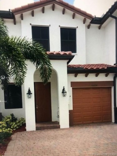 10274 NW 88th Ter, Doral, FL 33178