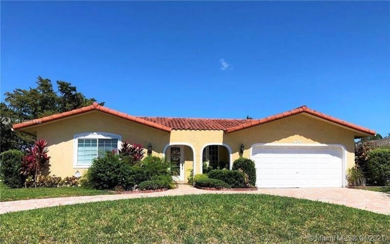 9095 NW 24th Ct, Coral Springs, FL 33065