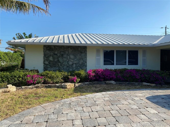 819 South Rd, Boynton Beach, FL 33435