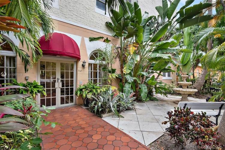 747 Michigan Ave  #206, Miami Beach, FL 33139