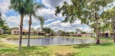 708 Sunny Pine Way  #E1, Green Acres, FL 33415